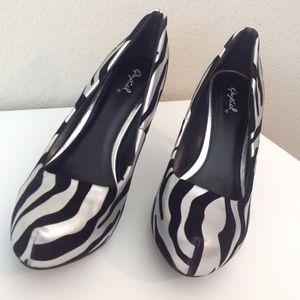 Black and silver zebra striped heels